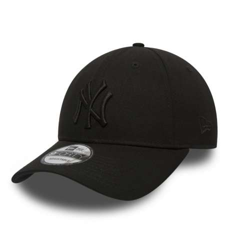 Gorra NY Yankees Essential Black on Black 9FORTY